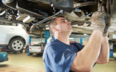 Mechanic doing an Out of Province Vehicle Inspection Edmonton